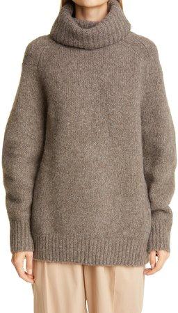 Giara Oversize Turtleneck Sweater